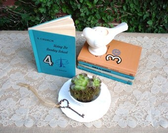 Wedding Decorations: Vintage Book Table Numbers Set of 5