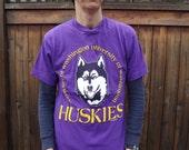 Vtg 90s UW Huskies Dawg T Shirt sz S to M