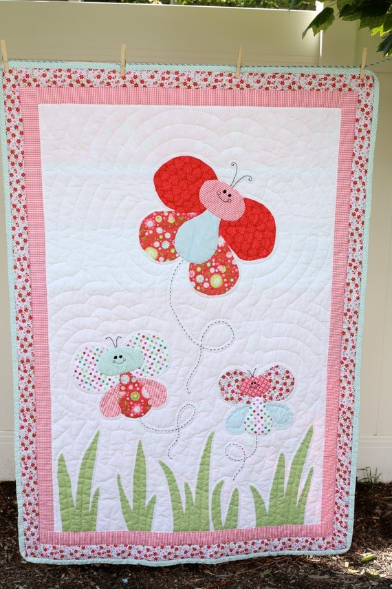 Hand Quilting Patterns For Baby Quilts : Hand Quilted Butterfly Baby Quilt