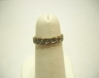 Vintage Ring By Avon (1908) Size 5 1/2