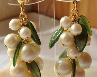 Vintage Pearl and Leaf Post Earrings by CJW