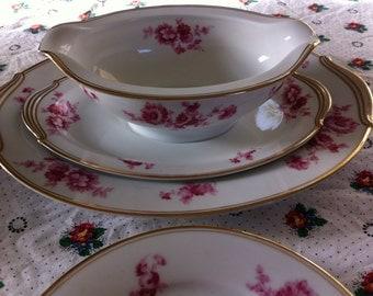 Beautiful 27 Pieces Noritake Morimura Pink and Gold  fine China Set