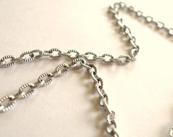 Silver Oval Convex A Necklace