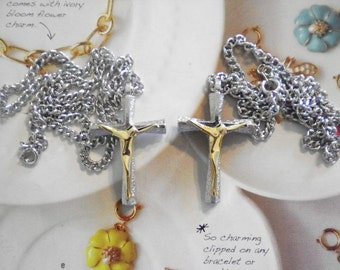 """2 Silverplated Crucifixes on 18"""" Necklace"""