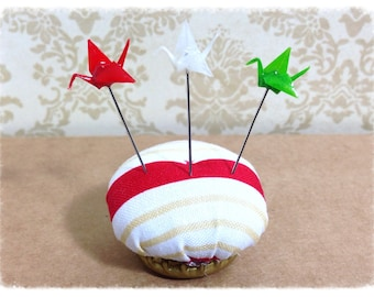 Green, Red, White Pin Toppers - Set of 6 Mini Cranes - PT47