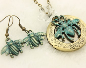 Bee jewelry Set, Bee Necklace, Bee locket, Bee earrings
