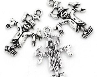 10 Pieces Antique Silver Scarecrow Charms