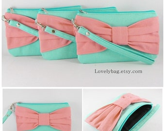 SUPER SALE - Set of 5 Mint with Peach Bow Clutches - Bridal Clutches, Bridesmaid Wristlet, Wedding Clutch, Zipper Pouch - Made To Order