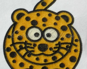 embroidery applique Cheetah