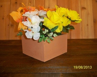 Country Center Piece, Table Centerpiece,Kitchen Centerpiece, Wood Box, Party Table Center Piece, Decorative Wood Boxes,