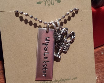 My Lobster necklace, Friends
