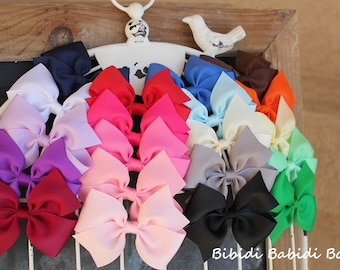 Girls hair bows - set of 10- 1.00 Hair bows - Birthday gift - toddler and girls Hair Bows / - You can choose colors.