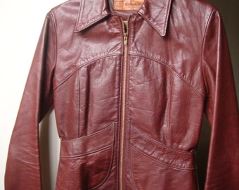 Sale//1970's Oshwahkon East West Leather Jacket Size XS Mint