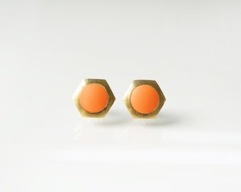 Orange geometric hexagon circle stud earring -Small-