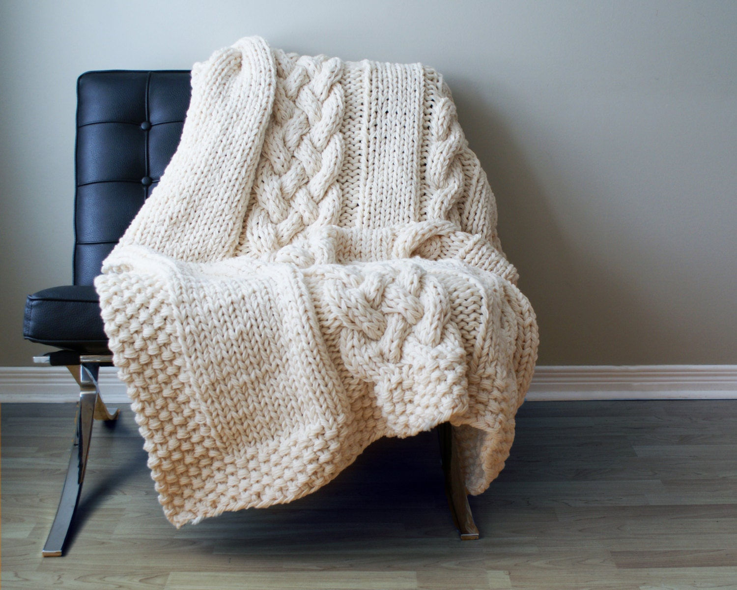 Knitted Blankets And Throws Patterns : DIY Knitting PATTERN Throw Blanket / Rug Super Chunky Double