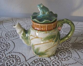 Vintage Majolica teapot with frog & bamboo motif