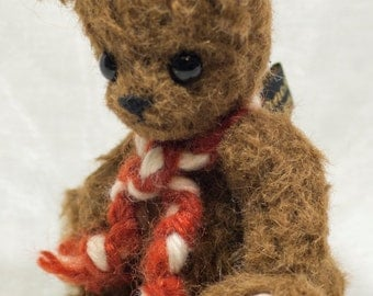 "OOAK An Earnest Bear by Tabbyclouds ""Helga"" ( Mohair Artist Collector Teddy )"