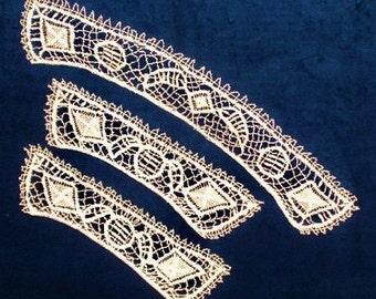 Antique collar & cuffs, Cluny needlelace, hand made, they are natural colour and 19th century.