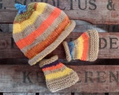 Baby set of knit hat and slippers orange yellow brown