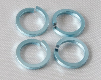 100 pcs - 16 Gauge Anodized Aluminum Chain Maille Square Wire Jump Rings Sky Blue