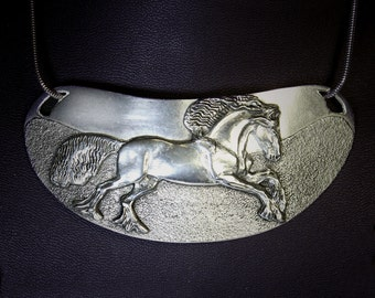 Horse necklace, Friesian Horse Gorget sculptured choker necklace handmade by the artist USA in silver-pewter