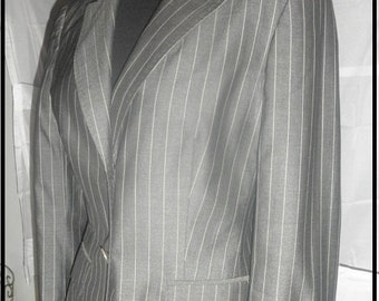 Vintage Max Mara  perfect silk wool pinstripe 2 button blazer size 42 made in Italy