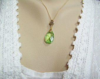 Peridot Teardrop Necklace, Peridot Briolette, Swarovski Peridot, Peridot Necklace, August Birthstone, Faceted Peridot, Green Crystal