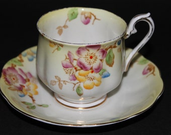 "Royal Albert Bone China Teacup and Saucer ""Japonica"""