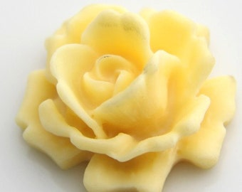 12 pcs   of resin  flower  cabochon 33mm -0007-26-ivory