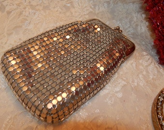 Vintage Silver tone Mesh Bag with twist snap closure metal mesh with fabric lining