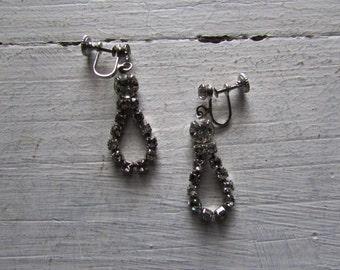 1960s rhinestone earrings | 60s vintage drop looped smokey rhinestone earrings | The Yasmine Earrings
