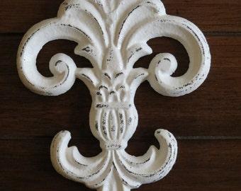 Cast Iron Fleur de Lis Wall Decor / Antique White or Pick Color / Fleur de Lis Symbol Sign Hanging Plaque / Cottage Shabby Chic Decor