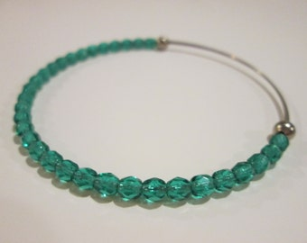 Emerald city expandable beaded wire bangle bracelet