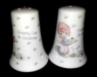 Vintage 1988 Precious moments Dropping Over For Christmas Salt Pepper Shakers Cherry Pie Country Farmhouse