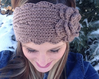 Women's Knitted Headband with Flower and Button