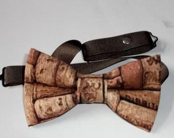 Brown cork bow tie