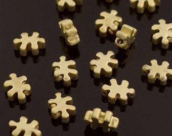 3147014 / A Cute Puzzle Piece / 16k Matt Gold Plated Brass Connector 7.3mm x 5.4mm / 0.5g / 4pcs
