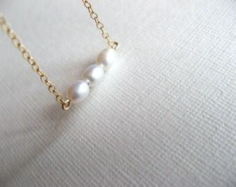 Dainty Freshwater Pearls Bracelet - Little 14K Gold Filled Dainty Bracelet with Freshwater Pearls - wedding bracelet - bride bracelet