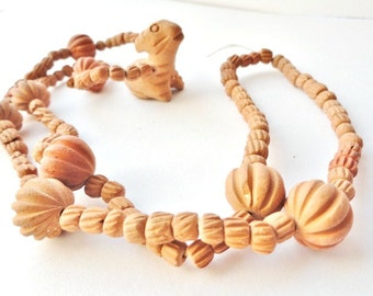 Native Organic Carved Beads Necklace, Vintage Costume Jewelry