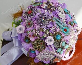 wedding brooch bouque purple vintage