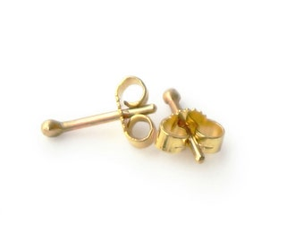 Ear Dots XS - Mini Studs in 8kt Gold