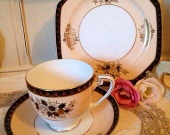 Vintage Noritake tea set with raised flower pattern. 1930's Noritake made in Japan. Set of four trios. TT031