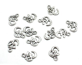 Antique Silver Medium Om Aum Ohm Charm,  18mm x 13mm  (Quan. 10)