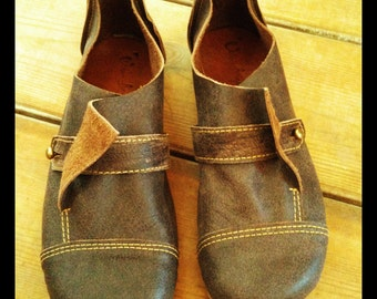 Hand Made Leather Shoes for Woman & Man - FOLD