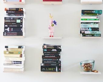 3 Small - Bookshelves floating