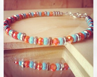 Hematite bracelet. Hematite, crystal and howlite bracelet. Fine delicate bracelet. Beaded bracelet.