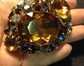 Stunning Vintage Juliana Topaz Gray Crystal Massive Brooch.
