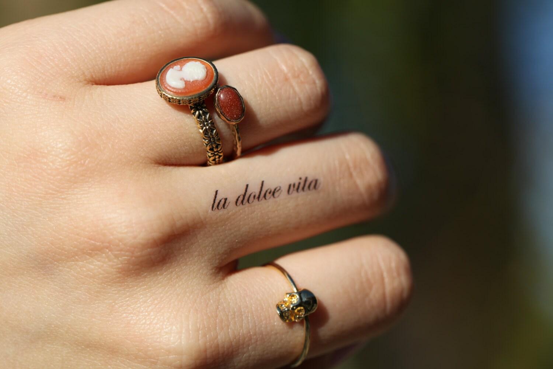 La dolce vita petit esprit d 39 encre tatouage temporaire for La dolce vita