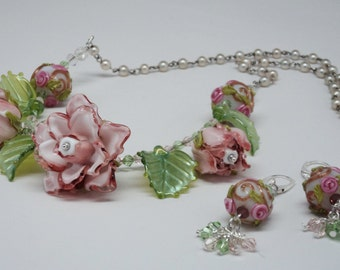 Free Ship-Artisan Pink Roses Pink & White Beads Grn Swarovski Beads Wire Wrapped to Vintage Faux Pearl Necklace inc Earrings- Price Reduced