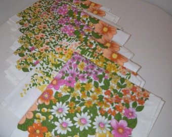 Lovely napkins / small tablelcloths - 8 - Flowers in Lots.......